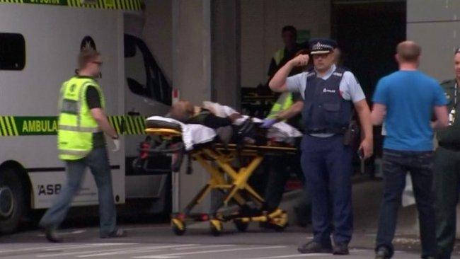 Yeni Zelanda'da cami saldırısı: En az 40 ölü!
