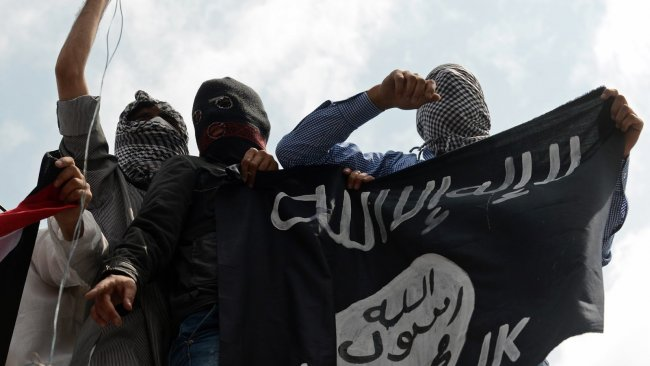 İdlib'te 6 IŞİD'li canlı bomba kendini infilak etti