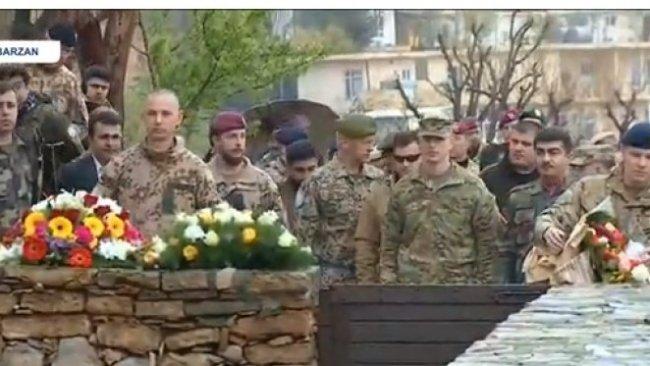Uluslararası Koalisyon'dan Kürt Lider Barzani'nin mezarına ziyaret