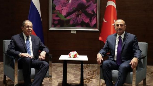 Çavuşoğlu ile Lavrov bir araya geldi