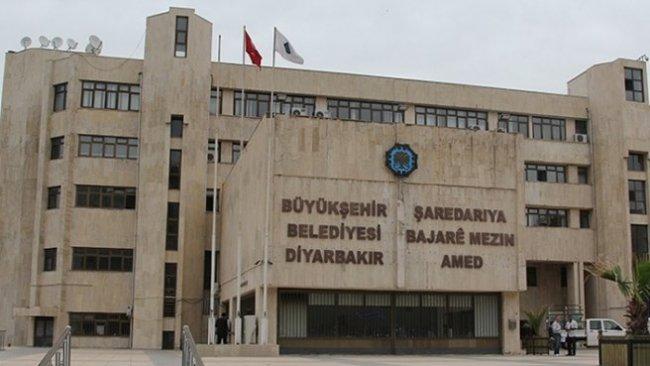 Diyarbakır'da seçilmiş Başkandan kayyuma tepki