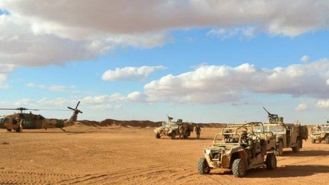 NATO zırhlı araçları Kobane Havalimanı'nda