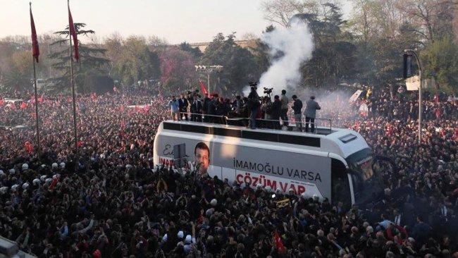 İmamoğlu: Türk'ü, Kürt'ü, Laz'ı, insanlarımızı herkesi selamlıyorum