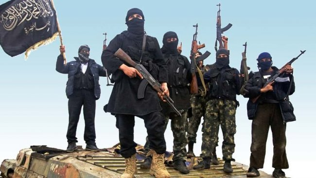 HTŞ'den Suriye Ordusu'na özel kıyafetlerle baskın: 20'yi aşkın asker öldürüldü