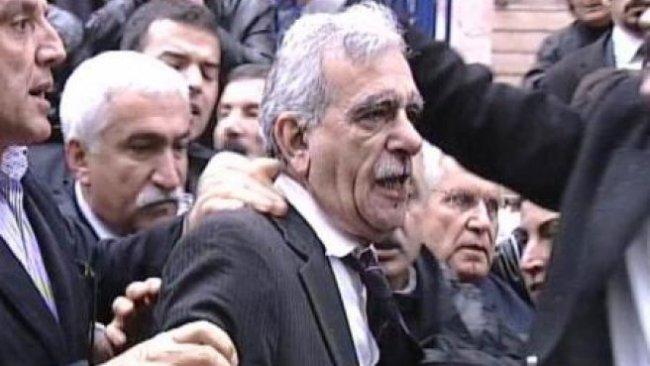Ahmet Türk'ü yumruklayan saldırgana ne olmuştu?