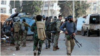 Efrin'de silahlı gruplar arasında çatışma