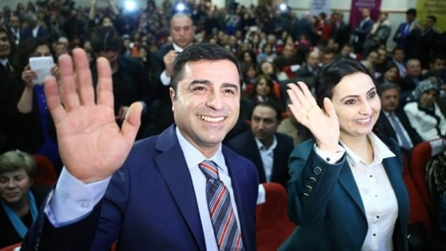Demirtaş ve Yüksekdağ'a 'iftira' davasında beraat