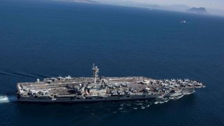2 ABD savaş gemisi İran'a karşı Basra Körfezine girdi