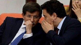Takan: Davutoğlu ve Babacan seçim sürecini sessizce atlatma niyetindeler