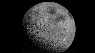 Nasa'dan açıklama: Ay soğudukça küçülüyor
