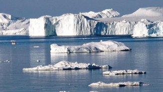 Buzullar tahmin edildiğinden çok daha hızlı eriyor... 'Yüz milyonlarca insan yerinden olabilir'