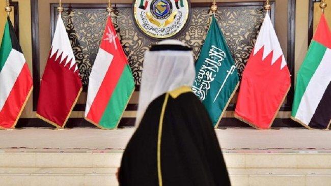 Arap zirvesinde İran'a mesaj: Bölgeyi savaşa sürükleme