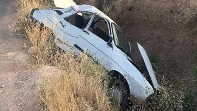 Urfa'da otomobil şarampole devrildi: 5 yaralı