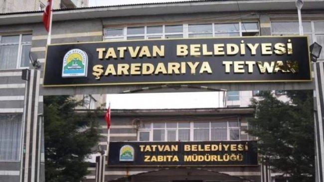 Bitlis'ten sonra Tatvan Belediyesi de Kürtçe tabelayı indirdi