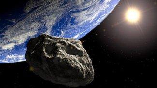 Bilim İnsanları, 3 ay sonra Dünya'ya bir göktaşının çarpabileceğini duyurdu