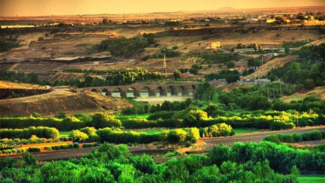Diyarbakır'daki !Dünya Mirası! yanmaktan son anda kurtuldu!