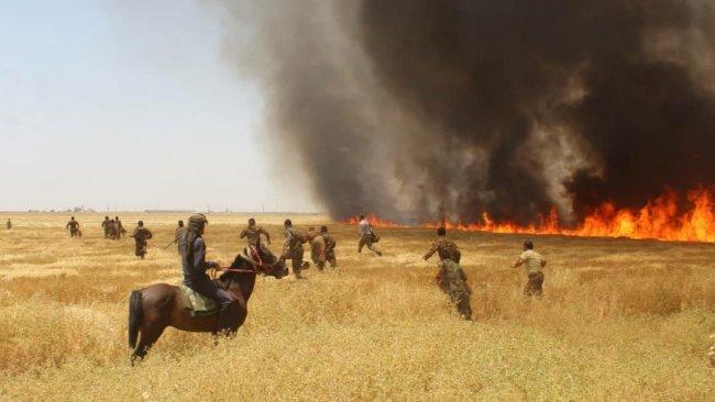 Rojava'da tehlike... Büyük yangın petrol kuyularını tehdit ediyor