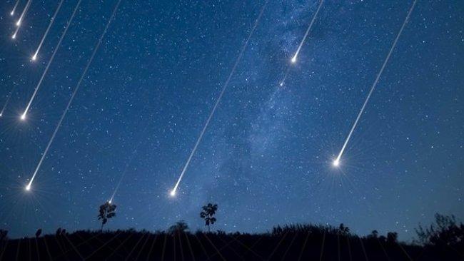 Bilim insanlarından meteor yağmuru uyarısı
