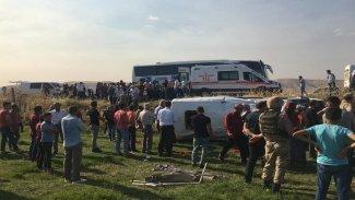 Mardin'de kaza: Çok sayıda yaralı var