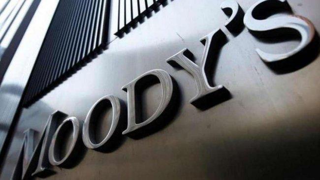 Moody's 11 Türk şirketin kredi notunu düşürdü!