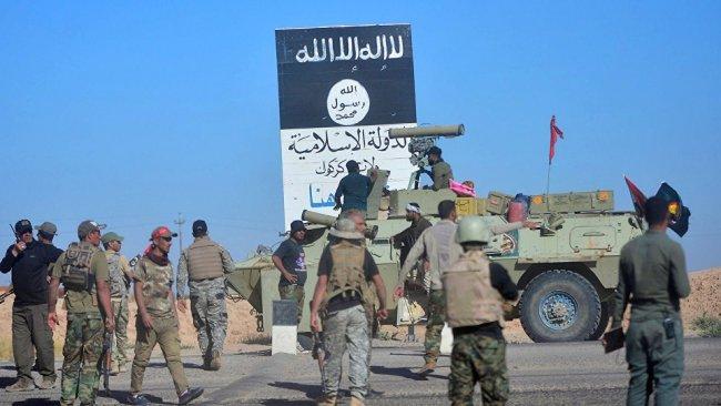 Haşdi Şabi ile IŞİD üyeleri arasında çatışma