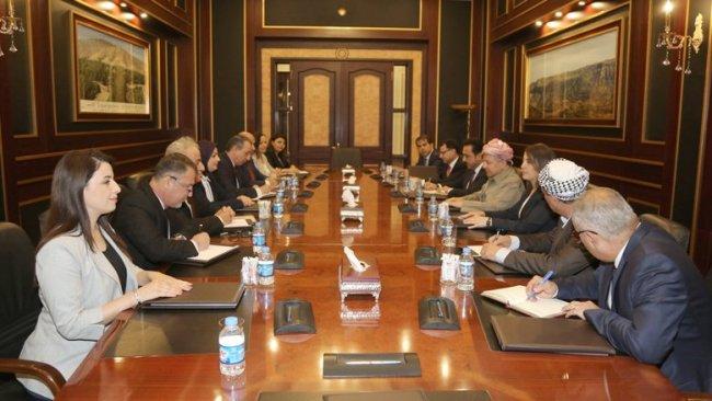 Başkan Barzani'den Türkmen ve Hristiyanlara anayasa mesajı