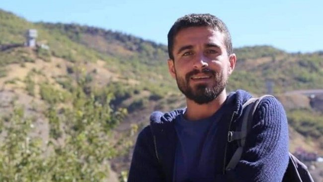 Mardin'de gözaltına alınan gazeteci Ahmet Kanbal serbest bırakıldı