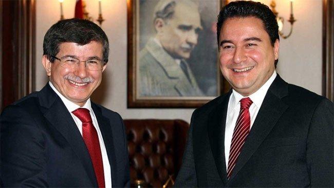 Davutoğlu ve Babacan ihtimali: Birleşme mi, ittifak mı ?