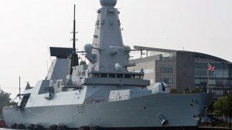 İngiltere, Basra Körfezi'ne bir gemi daha gönderiyor