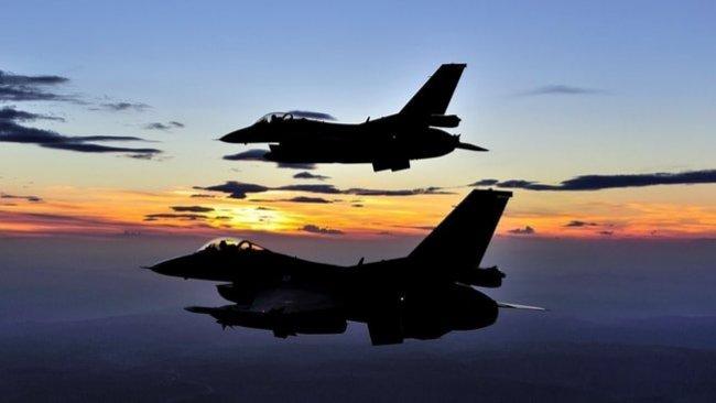 TSK Savaş uçakları Mahmur ve Karaçok'u bombaladı