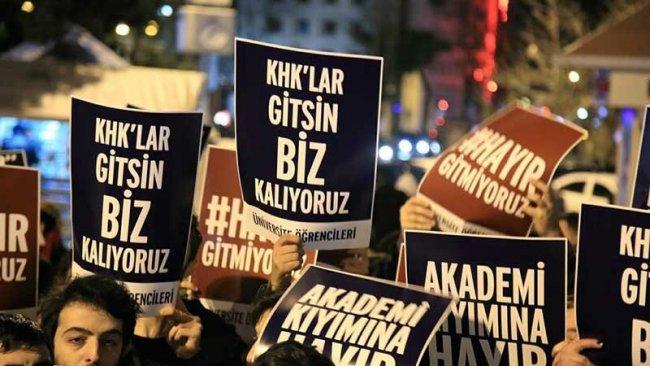 AYM'nin kritik oylamasında Abdullah Gül iktidarı