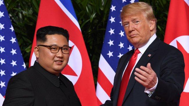 Trump: Kim füzeler için özür diledi