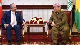 Çavuşoğlu'ndan Barzani'ye: Peşmerge ve Irak güçleri birleşmesin