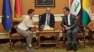 Almanya Savunma Bakanı Erbil'de