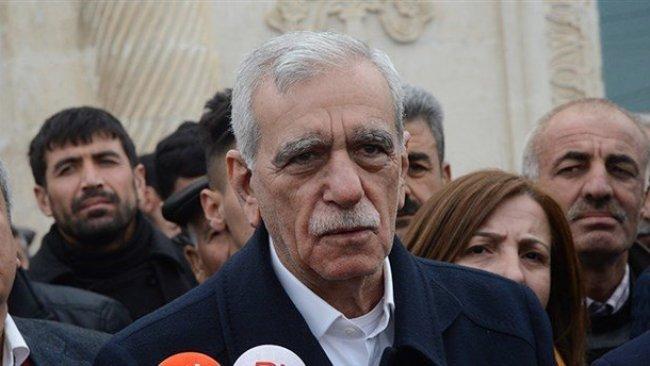 Ahmet Türk: Partiler farklı olabilir ama demokrasi mücadelesini ortaklaşmak gerekir