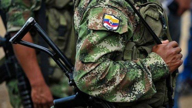 Yeniden silahlandığını duyuran FARC'a operasyon: 9 ölü