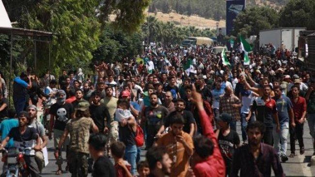 İdlib raporu: On binlerce Suriyeli daha Türkiye'ye gelebilir