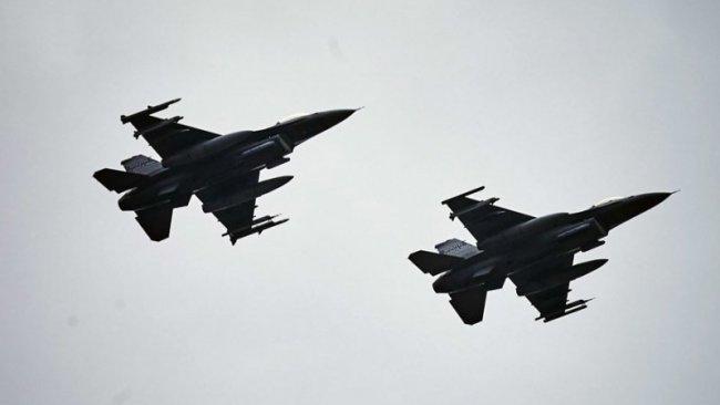 Suriye'de İran noktalarını hedef alan 'gizemli hava saldırısı'