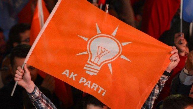 AK Parti'de peş peşe istifalar bekleniyor