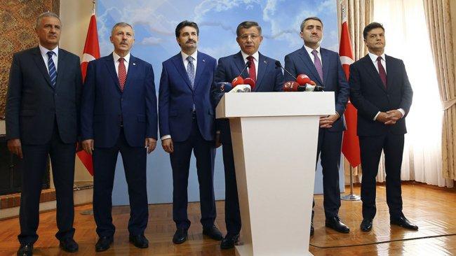 Davutoğlu'nun AK Parti'de yarattığı istifa bilançosu