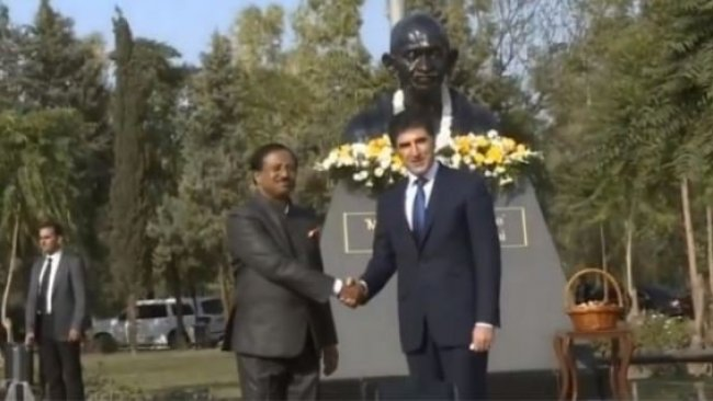 Erbil'de Gandi heykelinin açılışı yapıldı