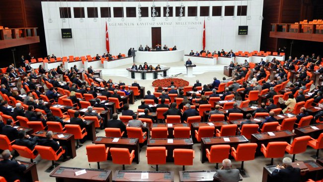 38 maddelik yargı paketi Meclis'te...HDP'ye sunulmayacak