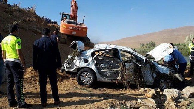 Hakkari'de kaza: 3 ölü, 2 yaralı