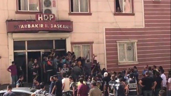 HDP İl Binasına Saldırı...