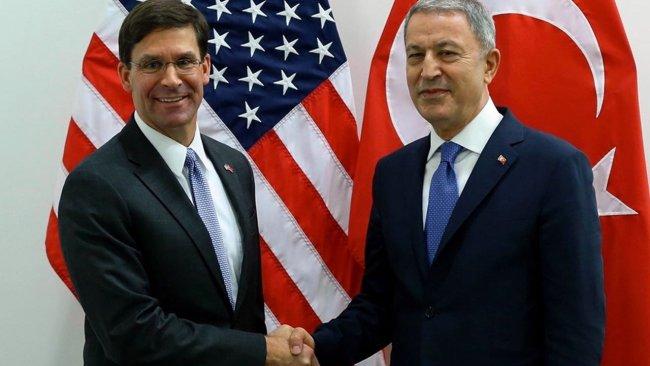 Akar ile ABD'li mevkidaşı güvenli bölgeyi görüştü