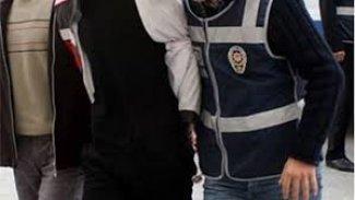 Kürtçe şarkı söyleyen 8 sanatçı gözaltına alındı