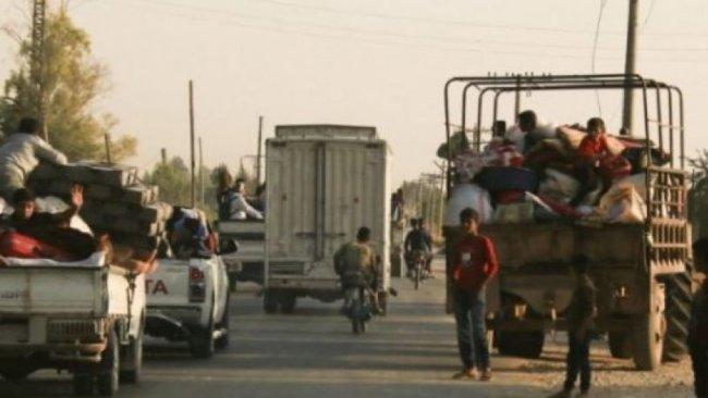 SOHR: Rojava'da 300 bin kişi göç etti