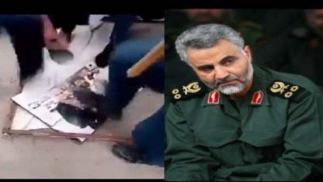 Irak'ta Kasım Süleymani posteri parçalandı