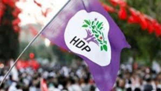 AK Parti'den 'Rojava Harekatı Anketi'nden HDP ayrıntısı
