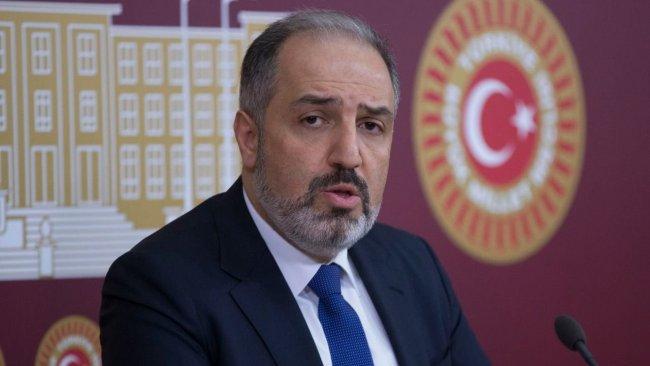 AK Parti'li Mustafa Yeneroğlu partisinden istifa etti